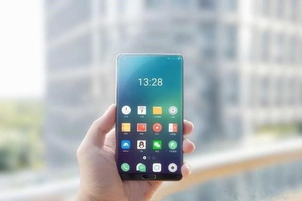 Meizu al lavoro su uno smartphone senza cornici