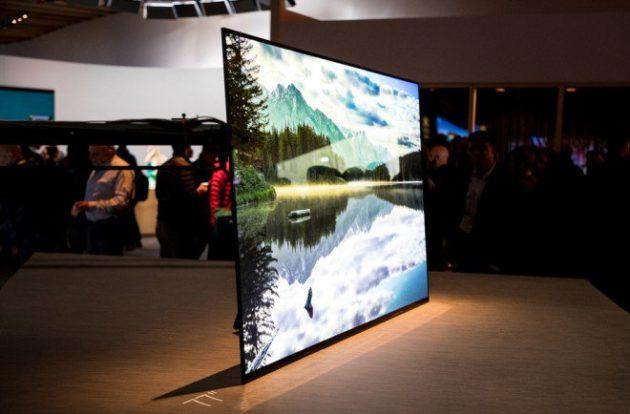 Sony A1 Android OLED TV, lo schermo diventa uno speaker.