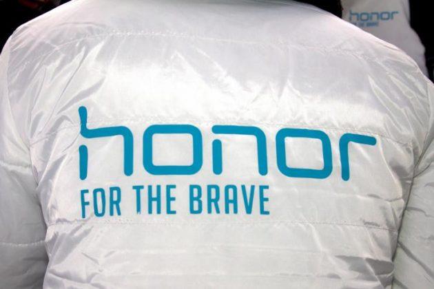 Honor V10: ecco le immagini ufficiali