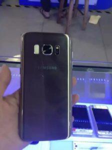 Galaxy S8 ha già un primo clone... e la somiglianza è impressionante! (4)