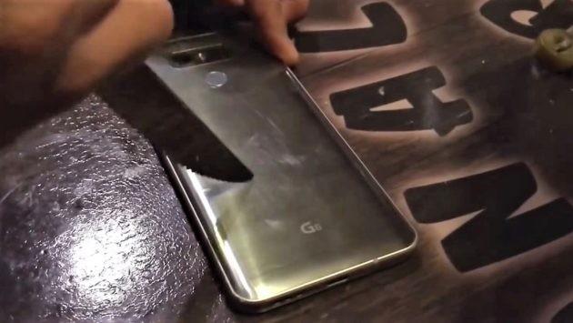 LG G6 impegnato nel suo primo test di resistenza - VIDEO