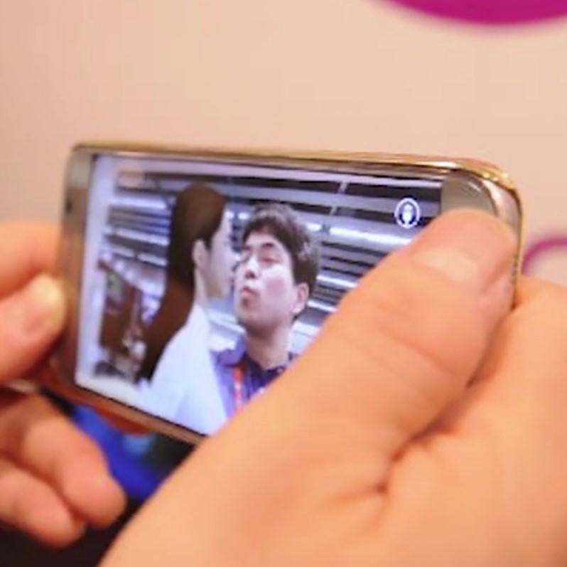 With Me è l'app medium che vi consentirà di realizzare selfie con i defunti (2)