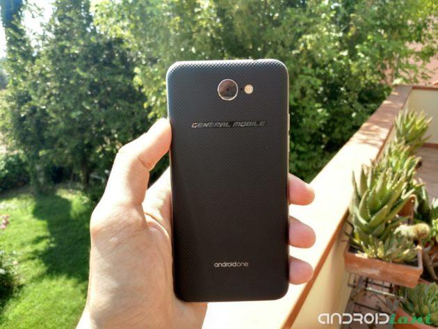 Recensione General Mobile GM 6: Android One sfida la fascia bassa