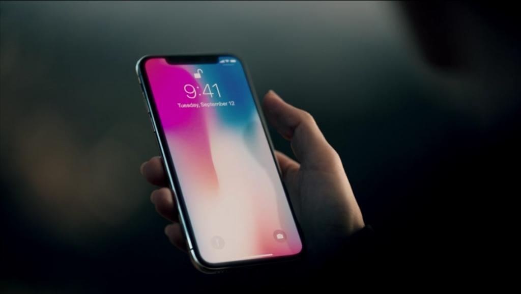 Apple iPhone X ecco l'applicazione che 'trasforma' il vostro smartphone Android (più o meno...)