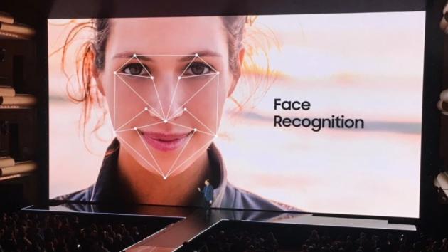 Note 8: riconoscimento facciale bypassato (come su Galaxy S8) - VIDEO