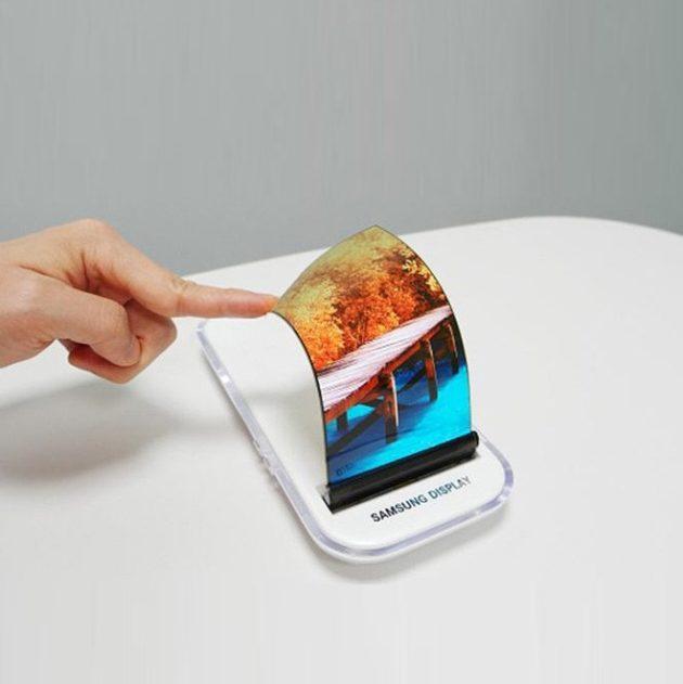 Galaxy X esiste, ma non è uno smartphone foldable