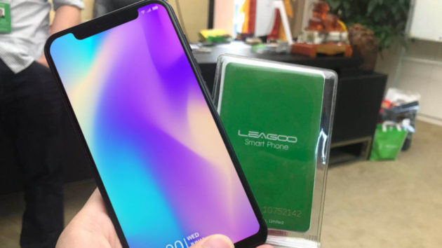 Leagoo S9: arriva il clone di iPhone X