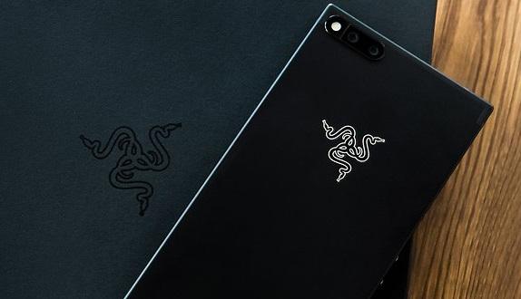 Razer Phone: aggiornamento migliora fotocamera e comparto audio