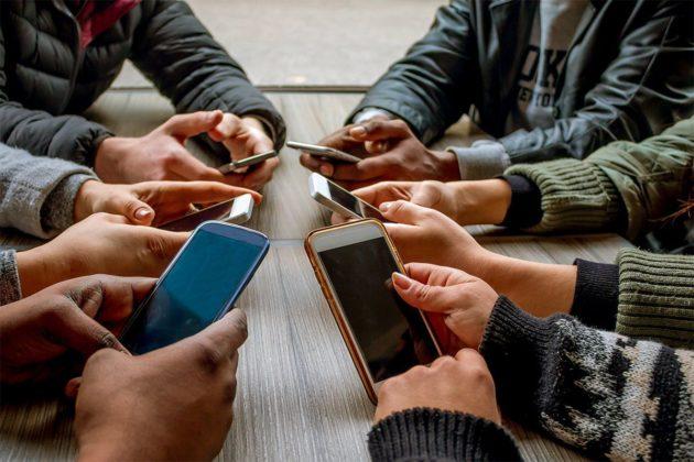 Quanto incide lo smartphone sulle nostre vite? Ce lo spiega Motorola