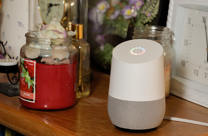 Google home arriva il supporto alla lingua italiana for Voice assistant italiano
