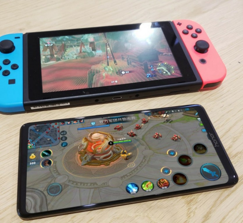 Honor Note 10 with Nintendo Switch 2