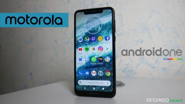Motorola One, il più completo sotto i €250 | Recensione