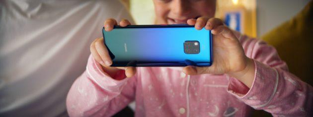 Huawei presenta StorySign: l'app che aiuta i bambini non udenti a leggere
