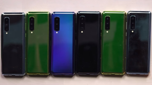 Samsung Galaxy Fold: hands on dello smartphone pieghevole - VIDEO