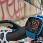 Fitbit Versa Lite: less is more | Recensione