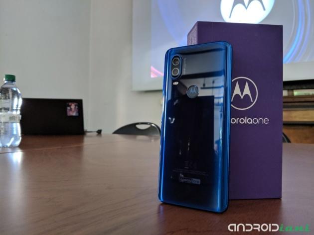 Motorola One Vision | Il nostro unboxing