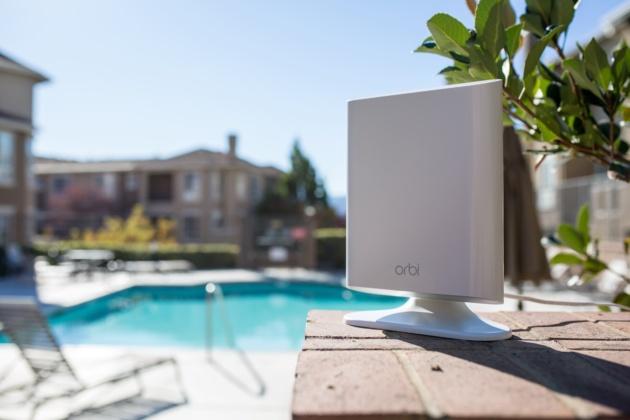Netgear presenta Orbi Outdoor: un nuovo Wi-Fi mesh universale per gli ambienti esterni