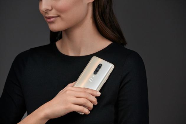 OnePlus 7 Pro: in arrivo l'edizione limitata Almond