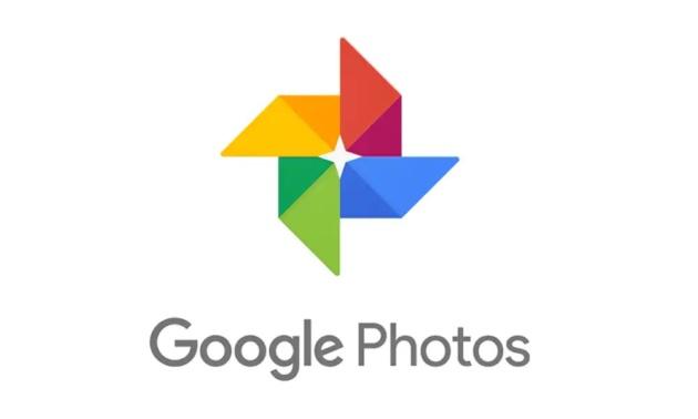 Google Foto: in distribuzione il tema scuro per l'App Android
