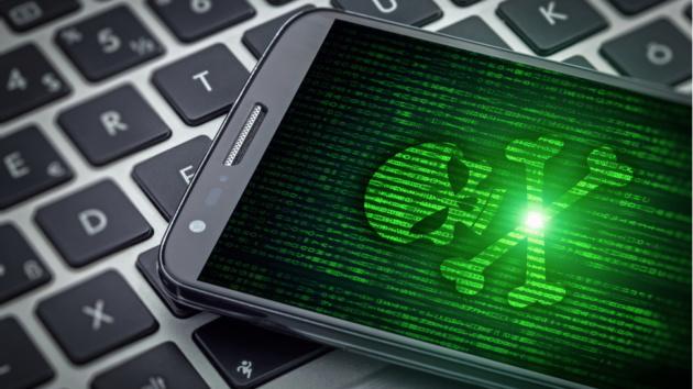 Un bug di sicurezza di Android permetterebbe di hackerare la fotocamera