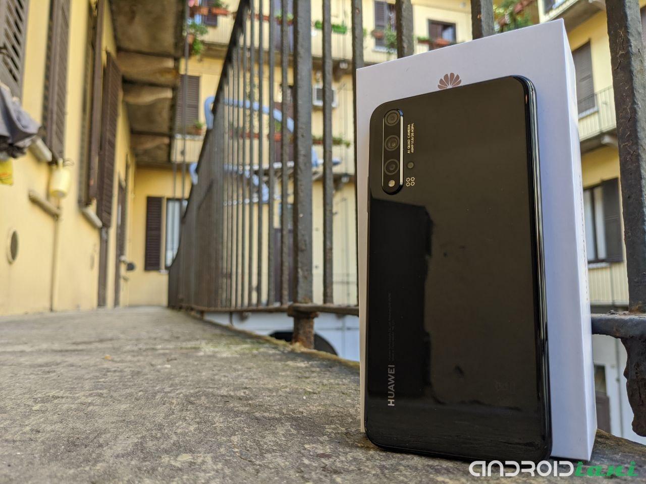 Huawei Nova 5T: النطاق المتوسط الذي يعتقد أنه الأفضل | مراجعة 1