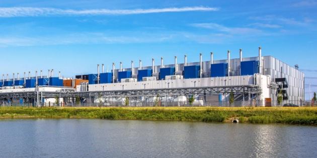 I data center emettono carbonio quanto le compagnie aeree