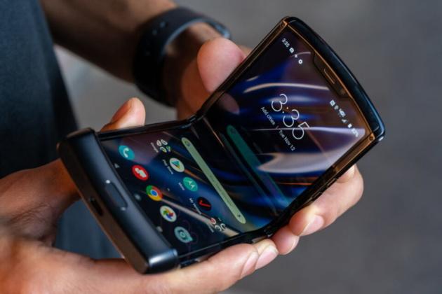 Motorola RAZR 2 si farà: parola di un manager Lenovo