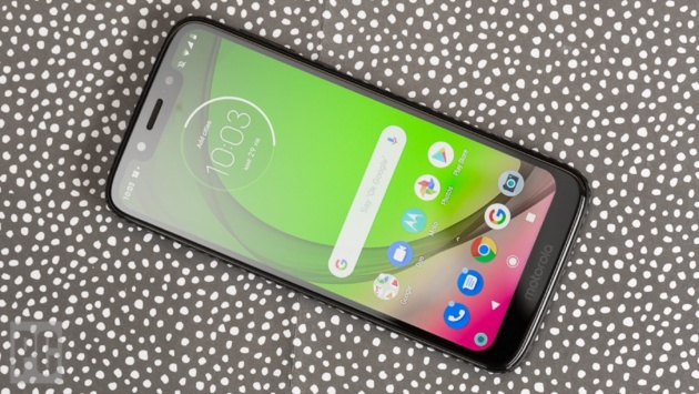 Moto G7 Play inizia a ricevere Android 10