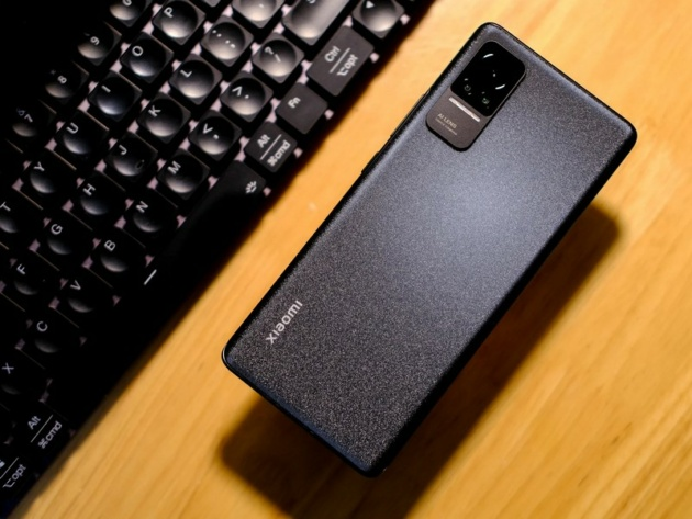 In arrivo il primo smartphone Xiaomi con display OLED 4K