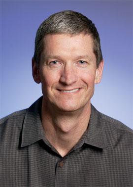 "Tim Cook, COO di Apple: ""Tablet Android solo smartphone ingranditi"""