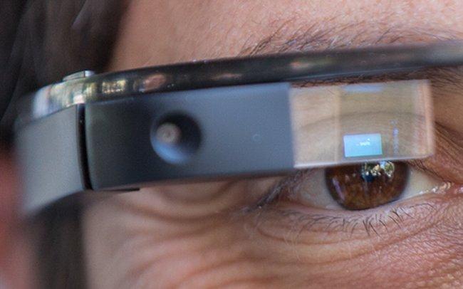 Nuove immagini dei Google Glass da un photo-walk dei dipendenti Google
