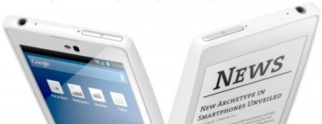 YotaPhone, lo smartphone dual-screen con un display e-ink sarà disponibile da Novembre