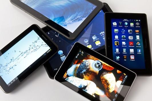 La Francia si prepara a tassare smartphones e tablets per finanziare la cultura