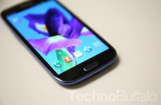 Samsung Galaxy S IV: un video mostra i controller della PlayStation 3 e dell'Xbox 360 per giocare