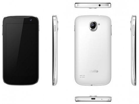 MiiaTouch presenta due nuovi smartphone Android: gli SmarTab ST500 e ST600