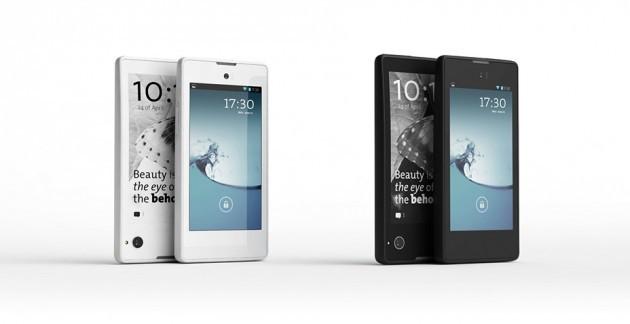 YotaPhone, lo smartphone dual screen pronto ad arrivare sul mercato