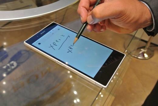 Sony Xperia Z1: ecco una procedura per poter utilizzare penne e matite sul display