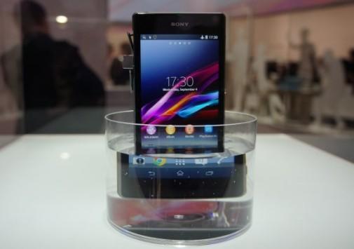 Sony Xperia Z1 non è più waterproof in Sudafrica