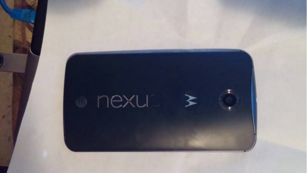 Nexus 6: problemi alle lettere del logo