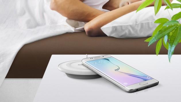 Samsung: la base di ricarica wireless per GS6 e GS6 Edge dovrebbe costare 59$