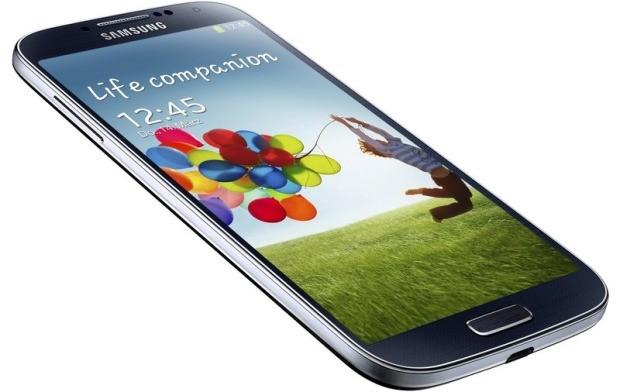 Samsung Galaxy S4 brand Vodafone si aggiorna ad Android Lollipop in Italia