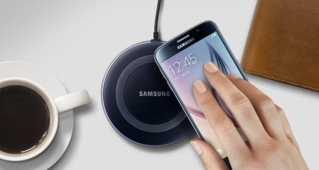 Samsung: caricatore wireless gratis a chi attiva Samsung Pay