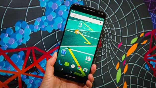 Motorola Moto X Force sfida i top di gamma del momento in un nuovo drop-test