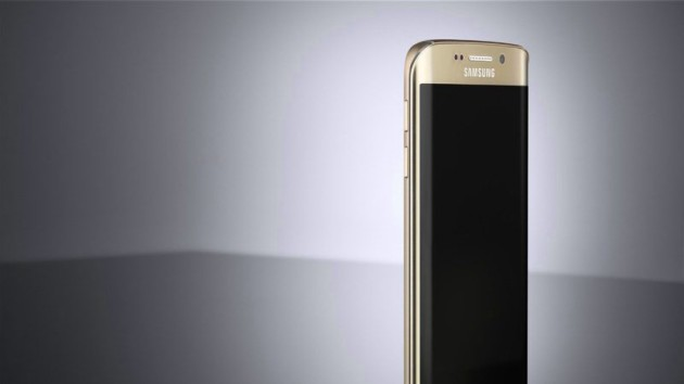 Samsung Galaxy S7 e Galaxy S7 Edge: confermate batterie e display Always-On