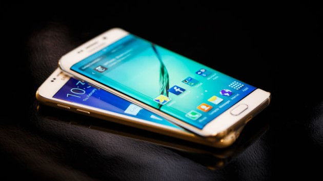 Samsung Galaxy S6 e S6 Edge: Nougat arriverà nel 2017