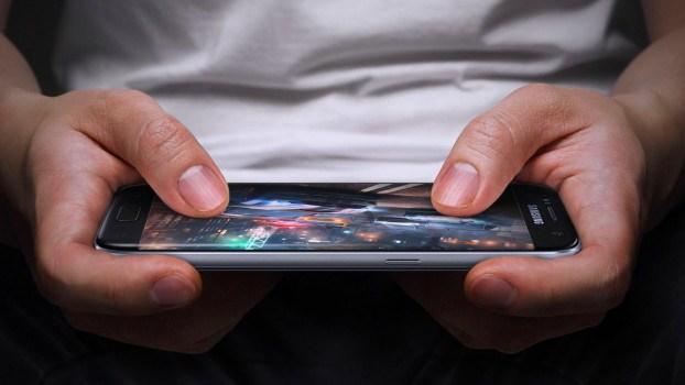 Giochi: su piattaforma mobile rendono più che su console e PC