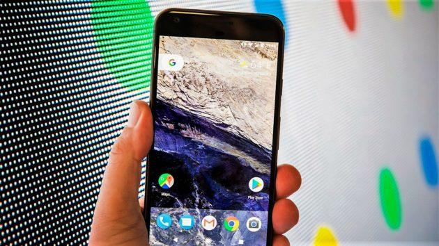 Google Pixel: class action a causa dei problemi al microfono