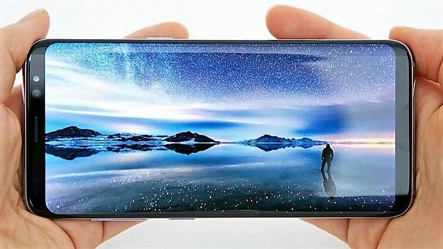 Galaxy S8: ecco come sarebbe stato con tasto home fisico