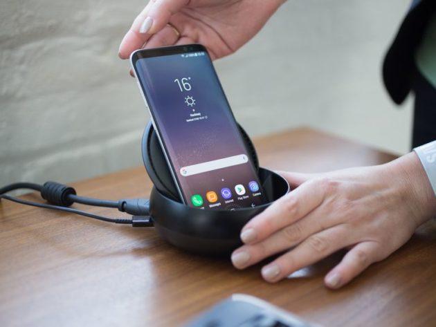Samsung DeX: un utente l'ha inserito in un laptop