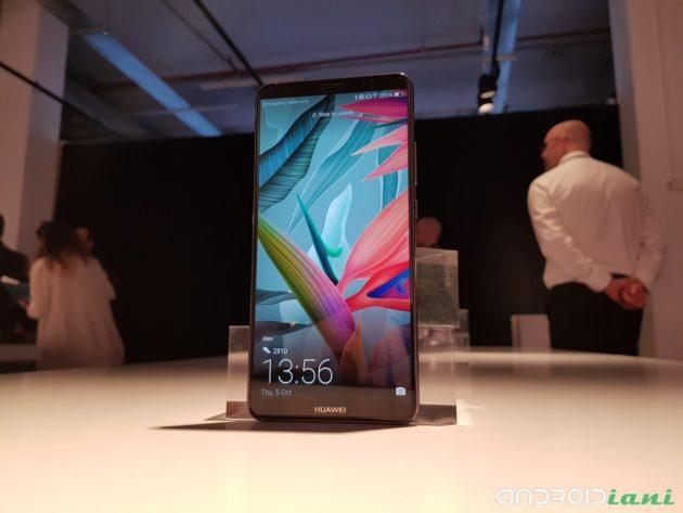 Huawei Mate 10 ufficiale: primo smartphone con intelligenza artificiale